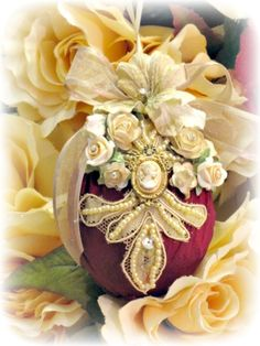 Sample 2 Regency Handcrafted Victorian Ornament