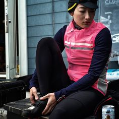The merino-blend Women's Long Sleeve Brevet Jersey is now available. The jersey, with accompanying high-visibility gilet, is inspired by long-distance brevet riding.  With reflective detailing for visibility in low light, large cargo pockets and dedicated zipped stow-space for the gilet, the Long Sleeve Brevet Jersey & Gilet is ideal for long days in the saddle.