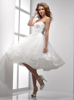 Interesting concept for short wedding dresses | Wedding Dress Free Wallpapers