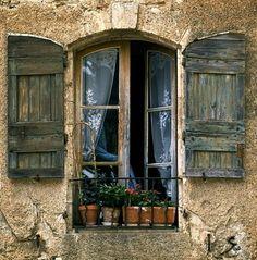 Windows, shutters, iron window box - love it all Wooden Shutters, Window Shutters, Window Boxes, Window Ideas, Purple Home, Shutter Doors, Through The Window, Open Window, Old Doors