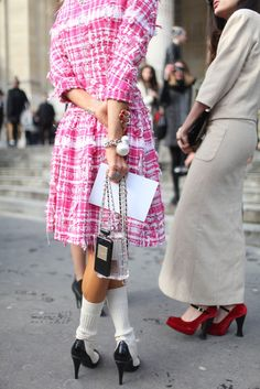 Chanel. Details in street style