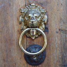 Rome Door Knocker | Lion door knocker seen in the Trastevere area of Rome.