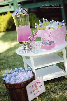 Drink Station at a Cowgirl Party #cowgirl #party