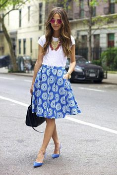 Cute summer outfit ideas that you can wear to the office: Something Navy's printed full skirt and white t-shirt