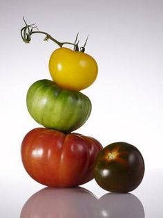 The Lycopene in a tomato is an antioxidant that shields skin from sun damage & can help us look younger. (via healthyliving.msn.com)