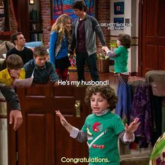 "#GirlMeetsWorld 1x17 ""Girl Meets Game Night"" - Maya, Josh and Auggie"