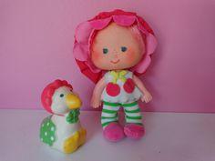 Boneca Antiga Cerejinha Estrela Cherry Baby Moranguinho Bebê - R$ 59,00 no MercadoLivre