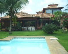 BÚZIOS BRASIL IMÓVEIS: Ferradura - linda casa com 5 suítes e piscina a 1 quadra da praia!