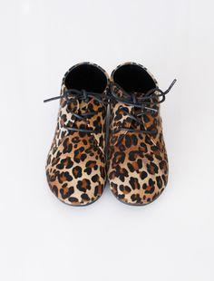 TO WALK (the | leopie | shoe / wunway)