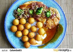 Krůtí plátky s cibulí a brokolicí Eggs, Breakfast, Food, Morning Coffee, Meal, Egg, Essen, Hoods, Meals