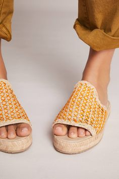 Shop the Kaanas Martinique Raffia Slide Sandals and more Anthropologie at Anthropologie today. Read customer reviews, discover product details and more.