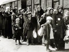 """""""Cicatrius"""", un ciclo de teatro sobre la memoria histórica del Holocausto - http://diariojudio.com/noticias/cicatrius-un-ciclo-de-teatro-sobre-la-memoria-historica-del-holocausto/218680/"""
