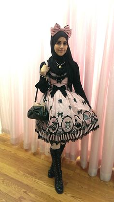 Muslim Lolita Fashion The Hijabi Lolita http://geekxgirls.com/article.php?ID=5199