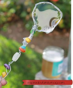 Summer fun! diy bubbles solution and Magical Bubbles Wand - this wand was so easy to make and the kids LOVED it!