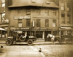 The Union Oyster House is the oldest restaurant in Boston and the oldest restaurant in continuous service in the U. — the doors have always been open to diners since 1826 (courtesy: The Boston Massachusetts Page) Boston Strong, In Boston, Boston Town, Boston Public, Us History, American History, American Food, American Symbols, American Women