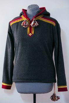 Folk, Hoodies, People, Sweaters, Fashion, Moda, Sweatshirts, Fashion Styles, Sweater