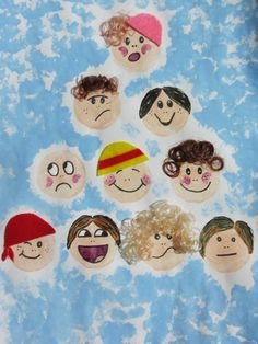 Funny Faces Portrait Art is an entertaining for kids to capture their families, friends, or classmates in a personal way. After your little ones learn how to make a they can customize this art project idea in any way they want. Funny Christmas Images, Christmas Humor, Funny Pictures For Kids, Funny Animal Pictures, Funny Animals, Projects For Kids, Art Projects, Crafts For Kids, Potato Stamp