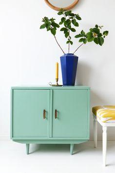 MY ATTIC SHOP / vintage / dresser / green / groen / Flexa / colourful / kleurrijk    Photography: Marij Hessel  www.entermyattic.com