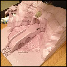 Using foam layers to shape landscape. The site also has other interesting examples.