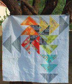 Pinwheel Spinwheel Quilt (Michael Miller Challenge Quilt) | Sew Pixie