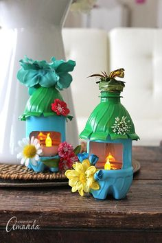 Fairy Light Recycled Craft - Plastic bottle crafts for kids! These are crazy cute.