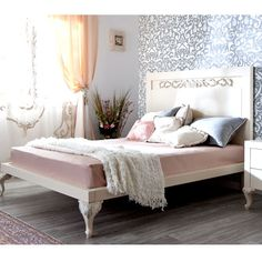 Florence Traditional Bed Choice of Size from PoshTots