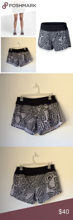 💎NWT💎 Nike Printed Shorts Size Small ACCEPTING OFFERS. No low ballers or trades. New with tag. Made with stretch Dri-FIT fabric that wicks sweat to keep you dry and comfortable, features include all-over printed fabric, contrast color wide waistband with inner drawcord, drop in pockets, and an attached inner brief liner. Color: Black/Reflective Silver Body: Dri-FIT 88% polyester/12% spandex plain jersey Brief Liner: Dri-FIT 100% polyester plain jersey. Cheaper on Ⓜ️ercari. Retail $60 Nike…