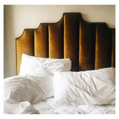 """Home CHIC Home - Just a lot of wonderful """"chic home"""" details and inspiration today, enjoy. via:zsazsabellagio golden yellow velvet headboard Swan Planter, White Moss T Home Bedroom, Bedroom Decor, Teen Bedroom, Master Bedroom, Velvet Headboard, Yellow Headboard, Velvet Bedroom, Design Living Room, Living Rooms"""