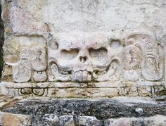 ancient ruins in Palenque // Mexico // roedluvan.at