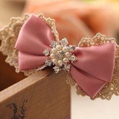 Be it a gift, dress or any event, elegant and bows can make the heads turn. Holiday Manufacturing Inc., supplies the finest handcrafted ribbons and . Diy Hair Bows, Diy Bow, Diy Ribbon, Ribbon Work, Ribbon Hair, Ribbon Crafts, Little Presents, Boutique Hair Bows, Lace Bows