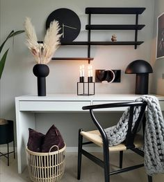 She has a beautiful home 🤩👌🏽 Hometour! Norwegian House, Tiny Studio Apartments, First Apartment, Creative Decor, Furniture Inspiration, Decorating Your Home, Home Office, Room Decor, Interior Design