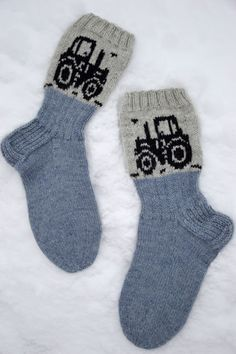Wool Socks, Knitting Socks, Kids Socks, Diy And Crafts, Crochet, Small Boy, Tricot, Knitting And Crocheting, Tractor