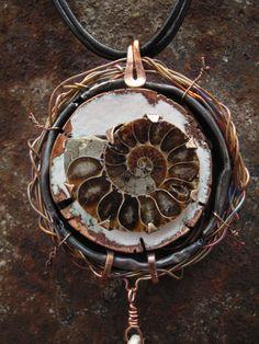 amonite-enamel-detail - crafthaus