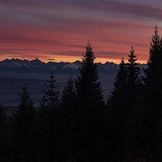 Magic sunset seen from Turbacz Poland. #hasajacezajace  #mountains  #gory #malopolska  #ilovepoland #sunset #hike #hiking  #hikingtrail  #nature  #outdoor  #outdoorgirl #travelphotography  #travel #trip  #travelmore  #instatravel