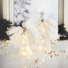 Easy Christmas Crafts, Simple Christmas, Christmas Themes, Easy Crafts, Christmas Holidays, Easy Diy, Crafts For Kids, Christmas Decorations, Christmas Windows