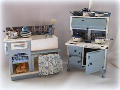 Dollhouse Kitchen Distressed Sink and Stove in blue by MiniAbuela, €75.50