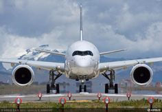 747 Airplane, Airplane Flying, Vietnam Airlines, Airplane Painting, Volkswagen Karmann Ghia, Airbus A380, Bmw X6, Civil Aviation, Singapore