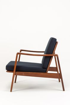 Arne Wahl Iversen Lounge Chair Teak - okay art