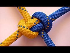How To Tie The Broach Loop Knot With Paracord - YouTube
