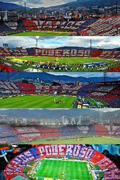 Este fue el espectáculo ayer en la final del Futbol Colombiano donde el Independiente Medellin se corono Campeón !!! Un  para su hinchada