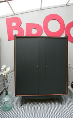 Grande armoire années 50/60 création MADAMELABROC