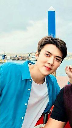 My beloved husband 😂😍 Chanyeol, Exo Ot9, Kyungsoo, Hunhan, K Pop, Hello Brother, Exo Lockscreen, Xiuchen, Exo Members