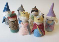 Dieses Angebot ist für eine komplette Box-Set-Kit mit dem zwei Holzpflock Puppe Ritter in der Tunika-Farbe Ihrer Wahl (blau oder rot) durchzuführen. Es gibt nichts Schöneres als handgemachte Spielzeug für Kinder von allen natürlichen Materialien zu schaffen. Dieses Kit bietet