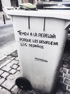 Ideas For Street Art Frases Life Mood Quotes, Life Quotes, Urban Poetry, Street Quotes, Inspirational Phrases, Frases Tumblr, More Than Words, Motivation, Wallpaper Quotes
