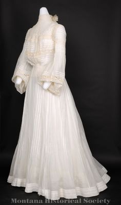 1979.02.01, wedding dress (side detail), ca. 1903.