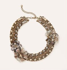 Short grey floral necklace - statement necklace - fall fashion - accessories - outfit inspiration - @LOFT
