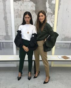 Savoir Flair has spotted a multitude of street-style stars rocking stirrup trousers this season, making a strong case for giving this trend another go.
