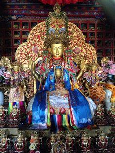 Buddha & consorts, Lamaling, Tibet
