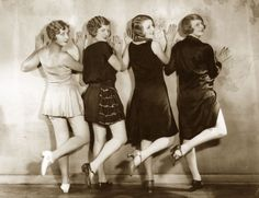 vintage everyday: Inside a 1920s Chorus Girls Dressing Room