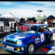 Renault Maxi turbo rally picture